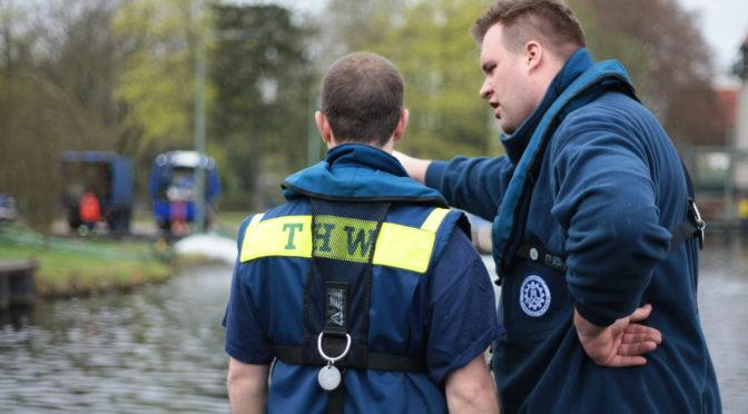 Übung: Hochwasserbekämpfung vor historischer Kulisse
