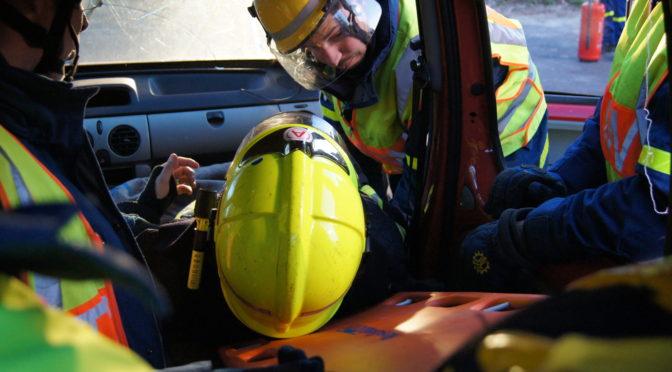 Wenn eine Fahrt früher endet… – Fahrzeugrettung mit der Feuerwehr